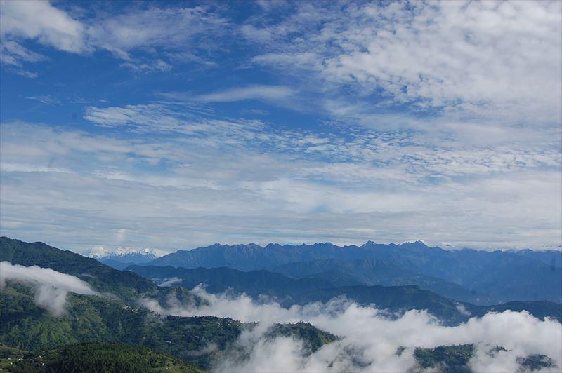【ナガルコット】雲海リゾートから
