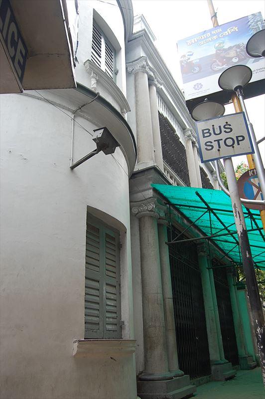 「【バングラデシュビザ】コルカタのバングラデシュ領事館でのビザ取得まとめ」のアイキャッチ画像