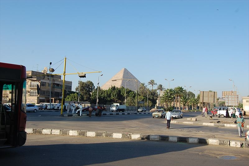【カイロ】キザのピラミッド