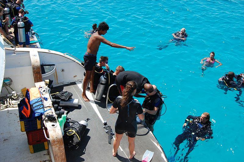 「【ハルガダ】エジプトの紅海リゾートでダイビング」のアイキャッチ画像