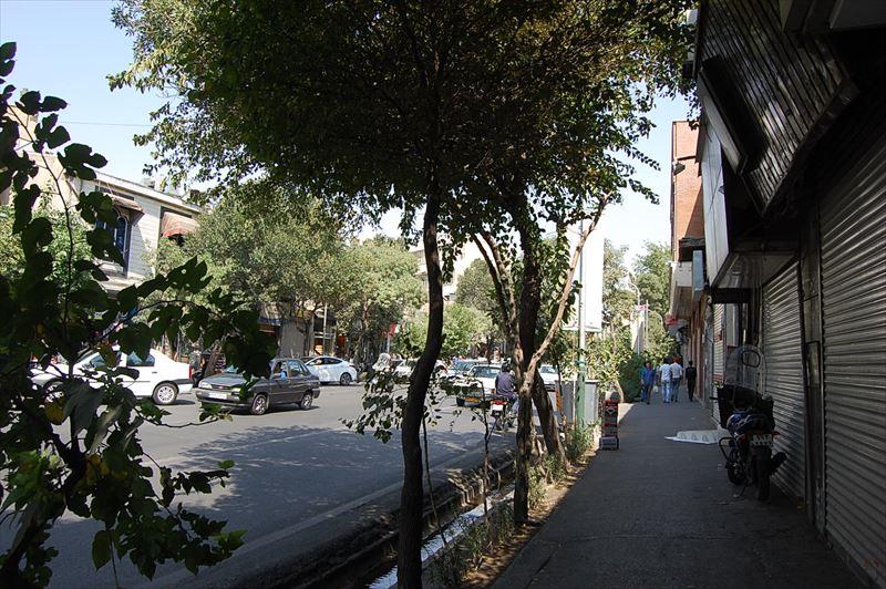 【テヘラン】アミールキャビール通り