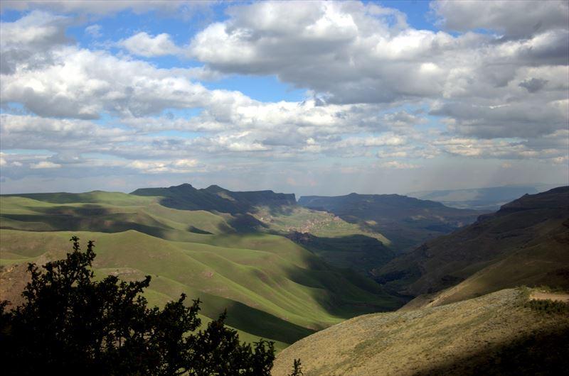 【南アフリカ】ドラケンスバーグ山脈