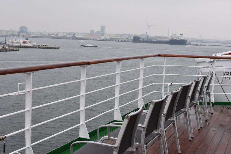 【ピースボート】テラス