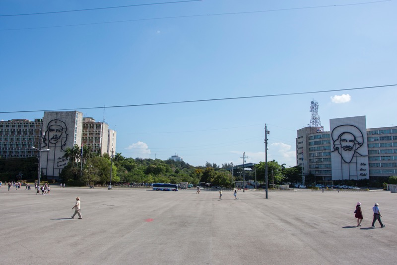 【ハバナ】革命広場