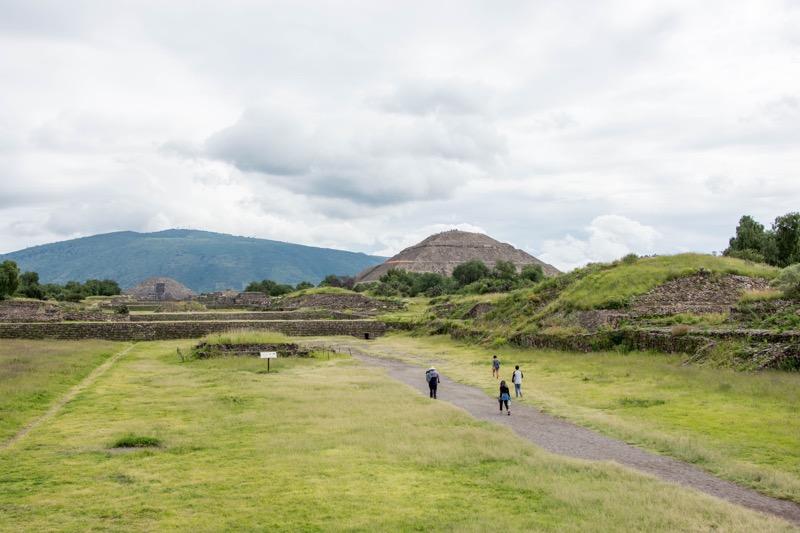 【メキシコシティ】テオティワカン遺跡