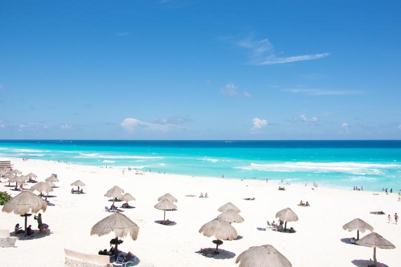 「カンクン周辺(コスメル島、プラヤ・デル・カルメン)の旅情報まとめ。さすが世界有数のリゾート地、ビーチが綺麗で海系アクティビティが豊富過ぎる。」のアイキャッチ画像
