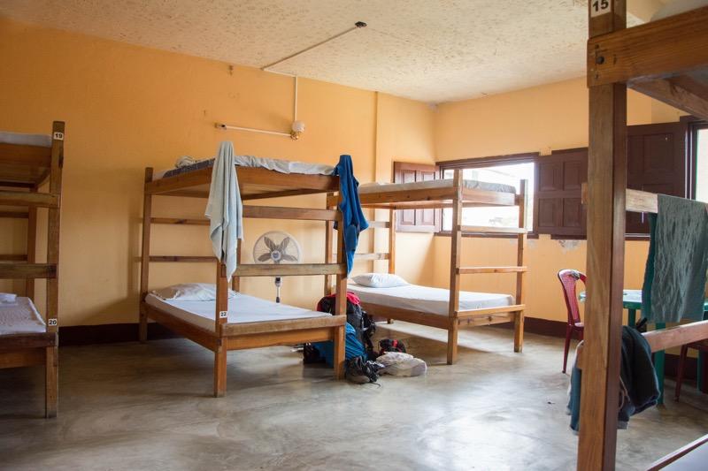 「フローレスの安宿|泊まった宿「DOÑA GOYA」と「HOTEL AURORA」「Los Amigos」の宿情報」のアイキャッチ画像
