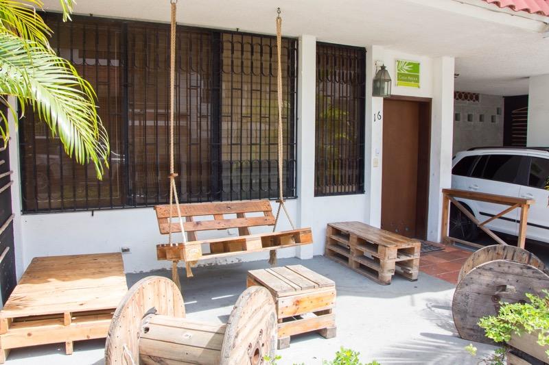 パナマシティの安宿|HOSTAL CASA AREKA