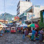 サンペドロ・ラ・ラグーナと周辺の村まとめ。チチカステナンゴのマーケット。パナハッチェルの古着市・クロスロードカフェ・荷物発送・ATM。サンパブロの一度は行きたいレストラン等々。