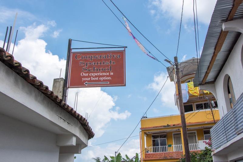 グアテマラのスペイン語留学|Cooperativa Spanish School