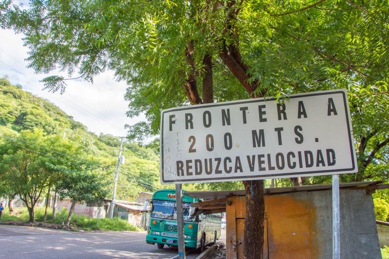 サンサルバドル/ホンジュラス国境|エル・アマティージョ