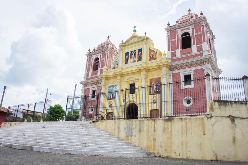 ニカラグア・レオン カルバリオ教会