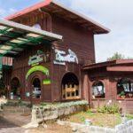 コスタリカの首都サンホセから幻の鳥ケツァールを格安で見に行く方法。70km地点までバスで行ってロッジ主催のツアーに参加するのがオススメ。