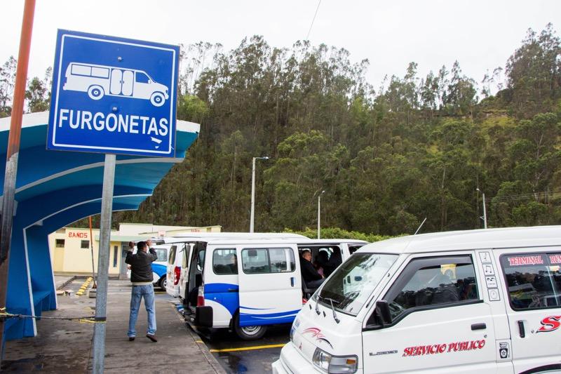 コロンビア/エクアドル国境|トゥルカン行きコレクティーボ乗り場