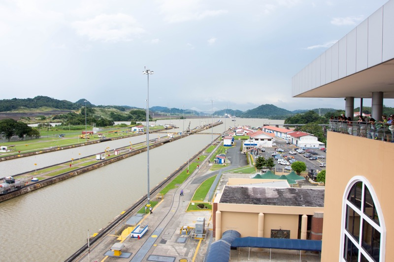 パナマ運河|ミラフローレス水門
