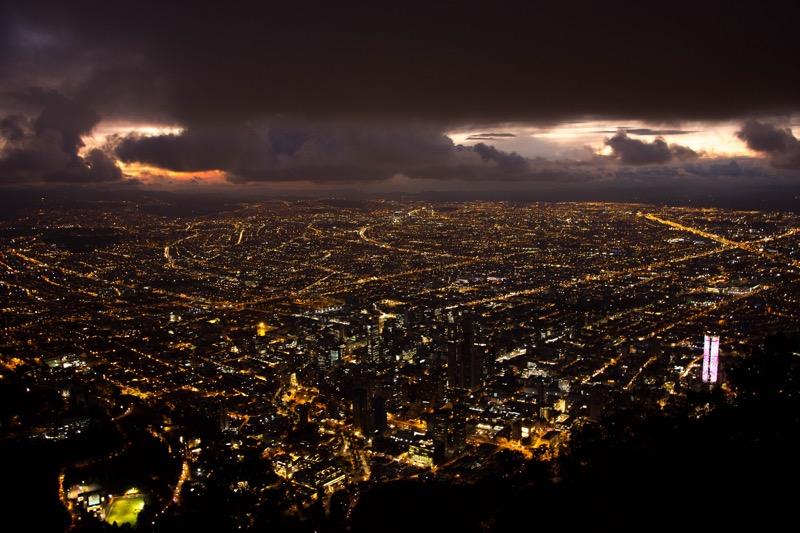 ボゴタ|モンセラーテの丘からの夜景