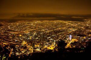 ボゴタ モンセラーテの丘からの夜景
