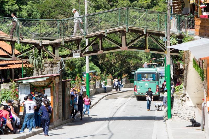 マチュピチュ村→マチュピチュ遺跡のバス