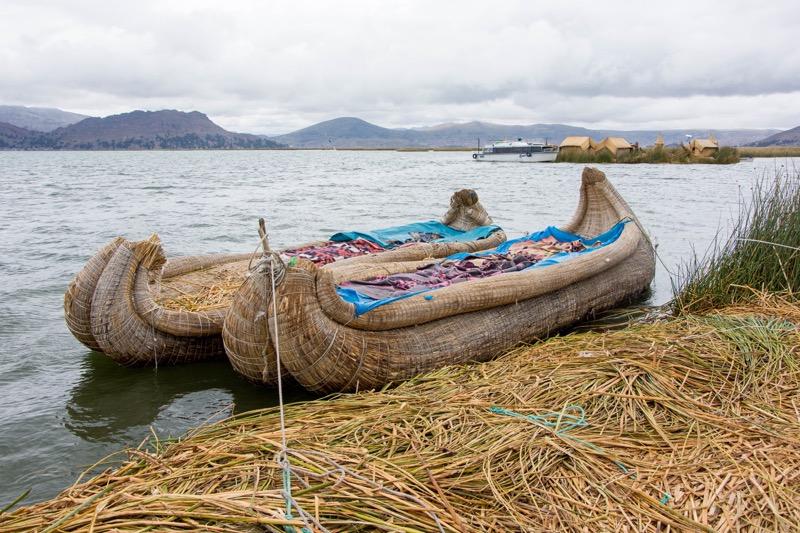 チチカカ湖1泊2日ツアー|ウロス島