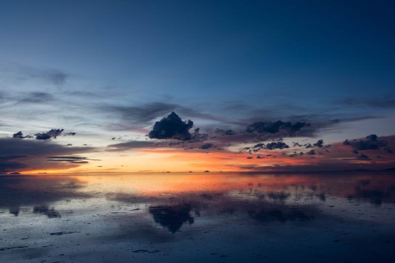 ウユニ塩湖サンセットツアー