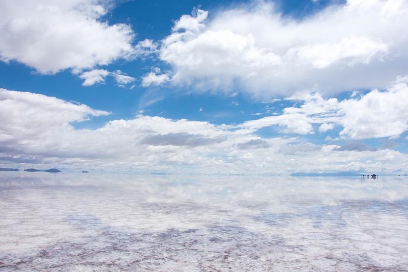 ウユニ→アタカマ抜け2泊3日ツアー1日目|鏡張りのウユニ塩湖