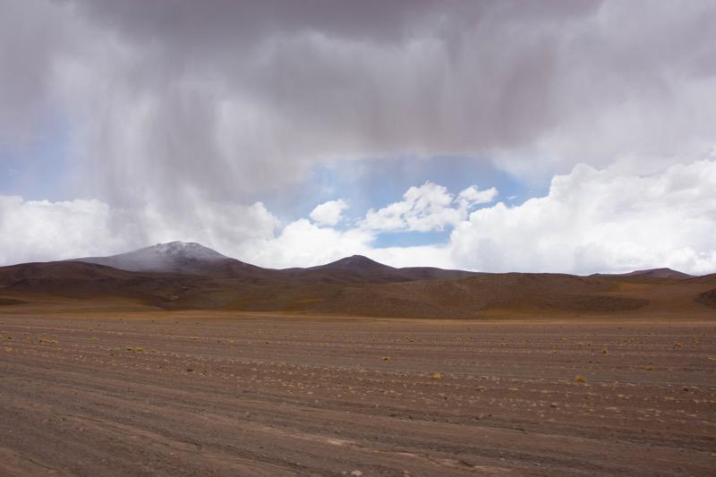 ウユニ→アタカマ抜け2泊3日ツアー2日目|砂漠