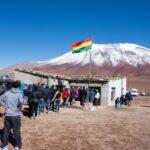 ウユニ→アタカマ抜け2泊3日ツアー3日目|絶景国境を越えてチリのアタカマへ。標高5,000mの温泉も気持ち良い。