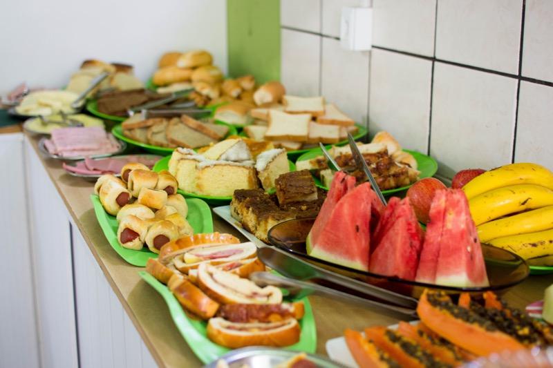 「朝食が豪華過ぎる!ボニートのオススメ安宿「Catarino's Guest House」」のアイキャッチ画像