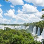 悪魔の喉笛の迫力が圧倒的!世界三大瀑布イグアスの滝(アルゼンチン側)へ。行き方と観光ルートも紹介!