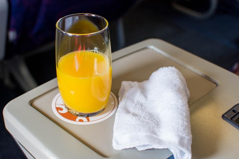 中国国際航空ビジネスクラス|羽田→北京のウェルカムドリンク