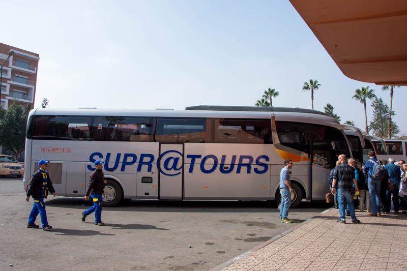モロッコのバス